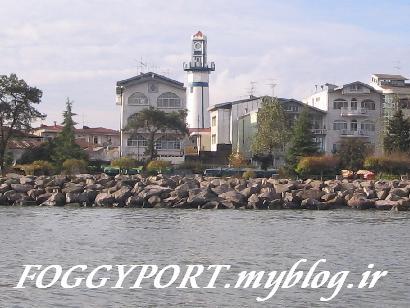 مناره - فانوس دریایی قدیمی بندر ساخته شده در سال 1815